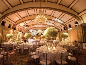 winter-wedding-reception