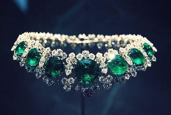 Emerald jewelry