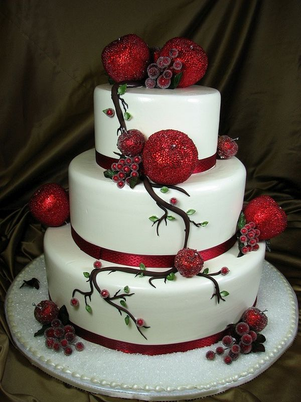 The Christmas wedding cake