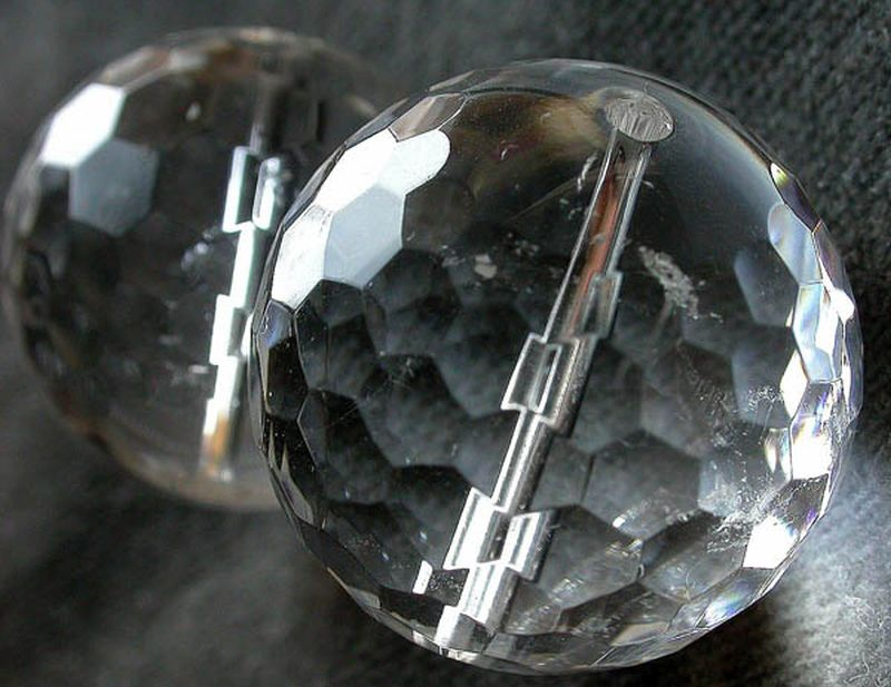 Crystal multi-faceted globe