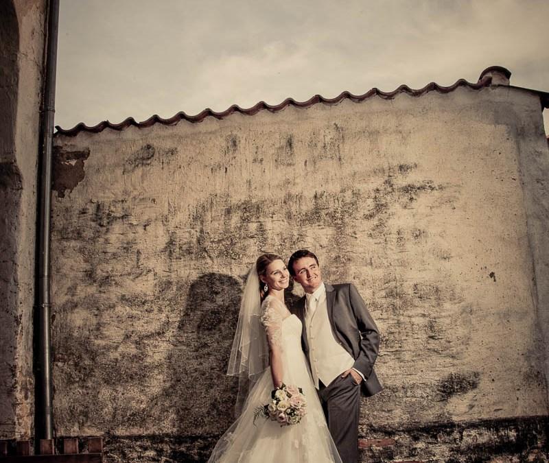 Stylish Wedding Dress Sleeves and Bodice