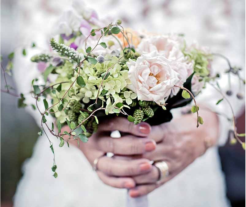 Choosing Wedding Flowers With Meaning
