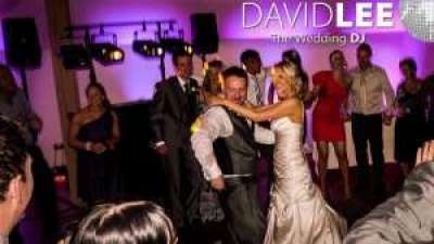 Wedding DJ David Lee with the Last Dance