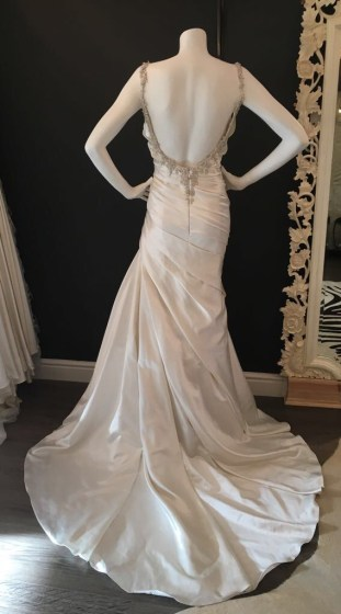 Prunella by Pronovias. Size 14. Great condition.