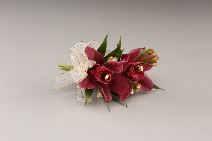 PICTURE OF MINI ORCHID CORSAGE