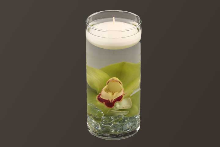 PICTURE OF EXOTIC FLOATING CANDLES CENTER PIECE