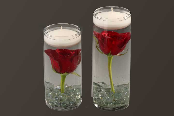 PICTURE OF FLOATING CANDLES CENTER PIECE