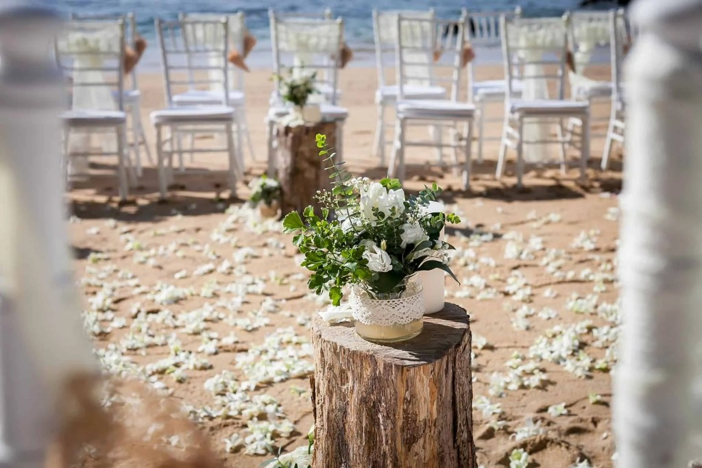 Chris & Caitlin Beach Wedding, Hua Beach 20th June 2019 15