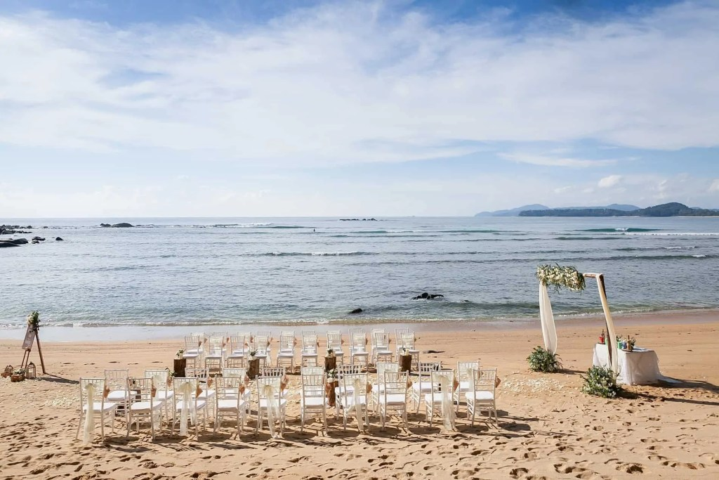 Chris & Caitlin Beach Wedding, Hua Beach 20th June 2019 2