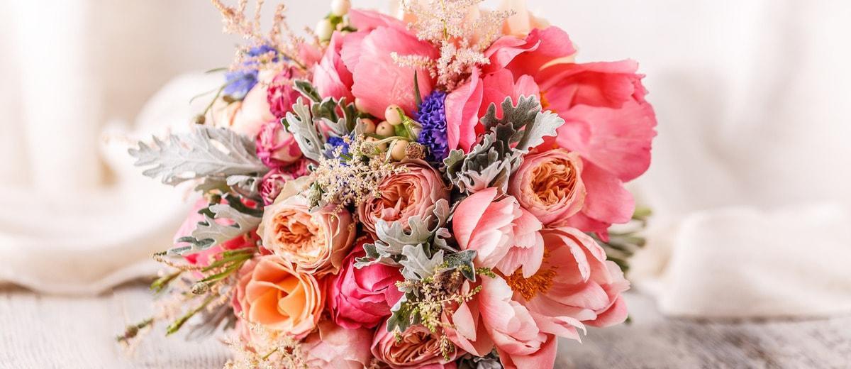 18 Most Popular Wedding Flowers