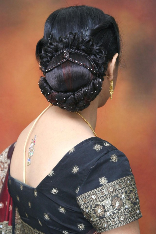 bridal hair styles designs images : indian bridal hair style