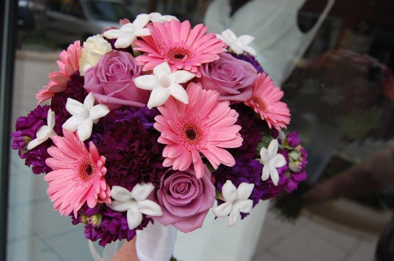 A Guide To The Most Popular Wedding Flowers By Season