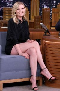 """Kirsten Dunst Getting Married To Jesse Plemons. """"I Was A Little Sick"""" She Reveals His Proposal."""