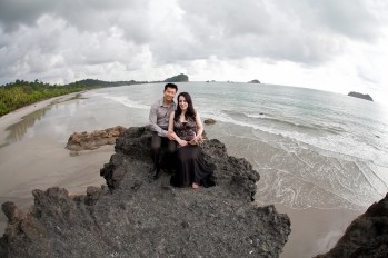 John Williamson - Engagement and Wedding Photography in Costa Rica