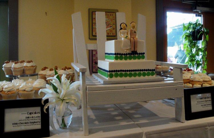 Wedding Cake and Cupcakes for Siesta Key Beach Wedding