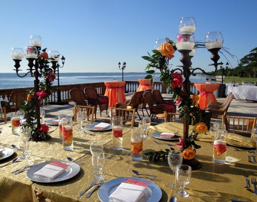 Ca' d'Zan Wedding Flowers & Candelbras