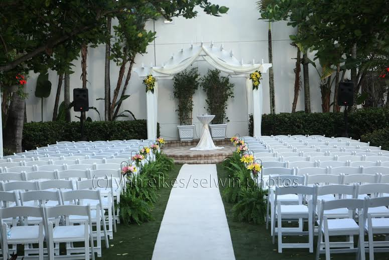 Downtown Sarasota Wedding Flowers