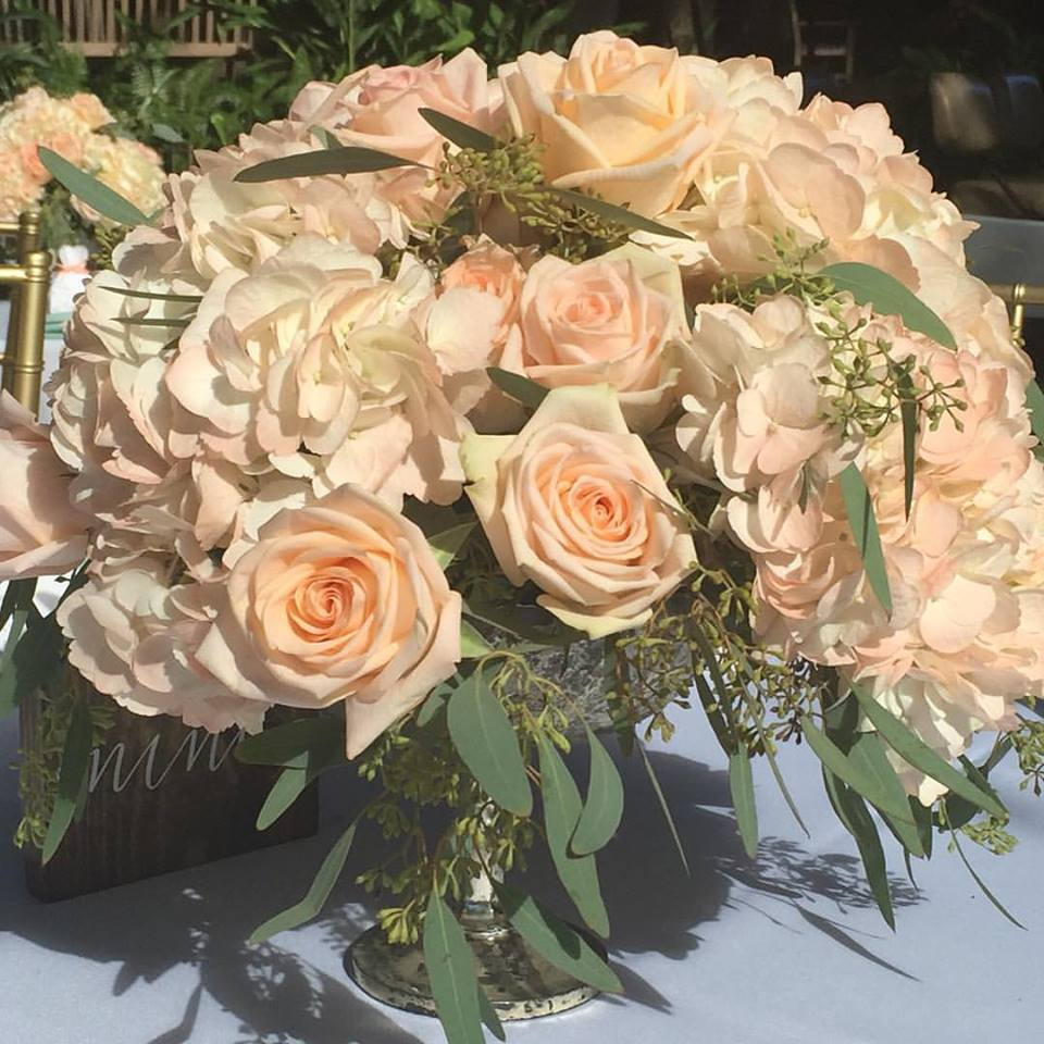 Reception Centerpiece with Hydrangea and Roses