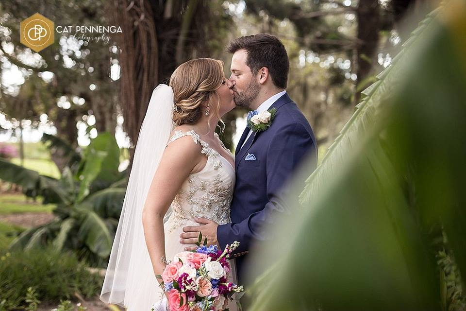 Bride and Groom with Garden Look Bouquet