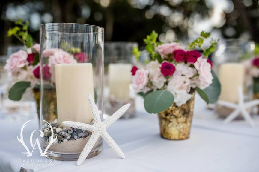 Candles and Flowers in Hot Pink on Feasting Tables