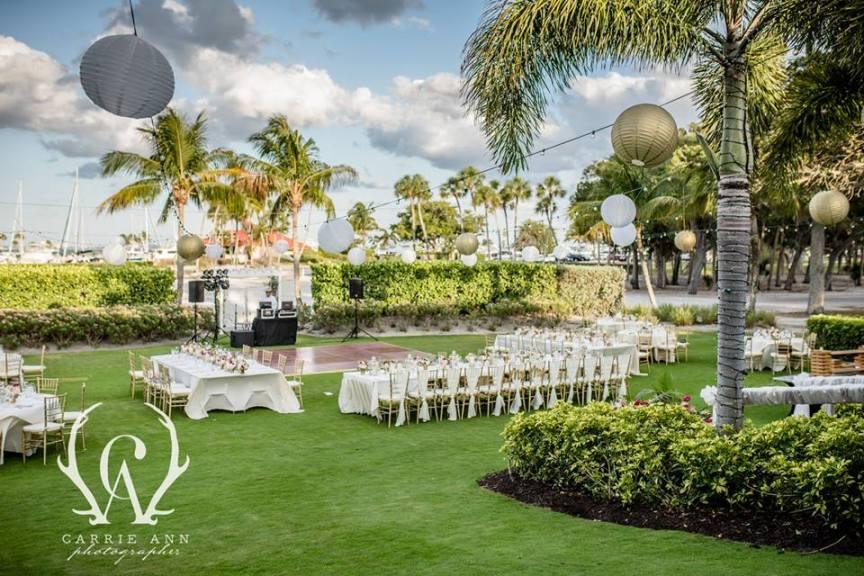 Reception on Lawn at Longboat Key