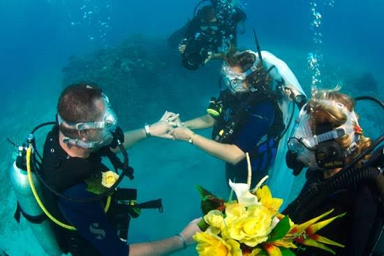 little known facts weddings abroad - Underwater Wedding Cayman Islands WeddingsAbroad.com Destination Wedding Planner