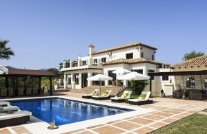 5 Bed Villa, Estepona, Spain