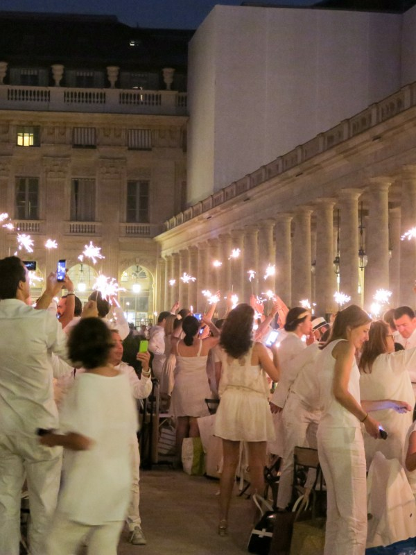 Tying the Knot Abroad - Everything you need to know - WeddingsAbroad.com