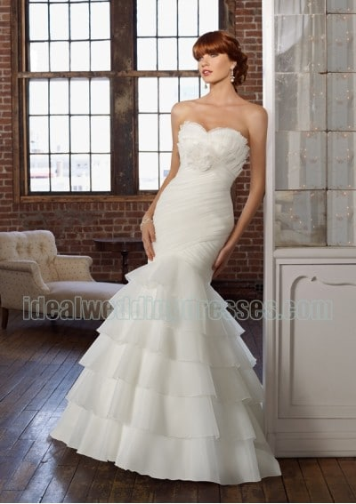 mermaid style wedding gown wedding dress