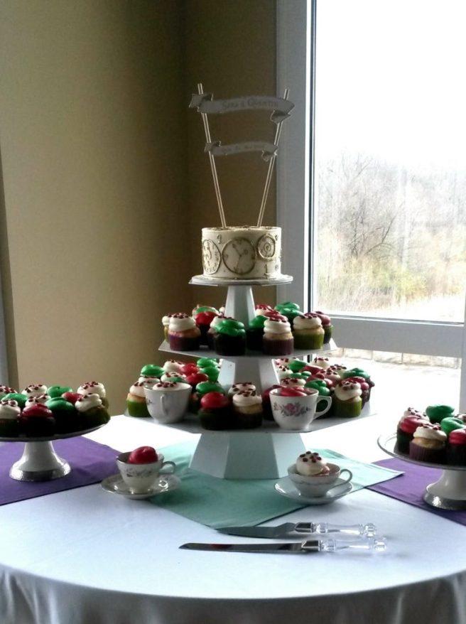 wedding theme - alice in wonderland inspired wedding cake