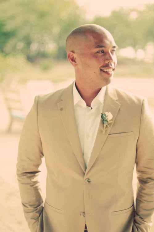 beach-wedding-groom-first-look