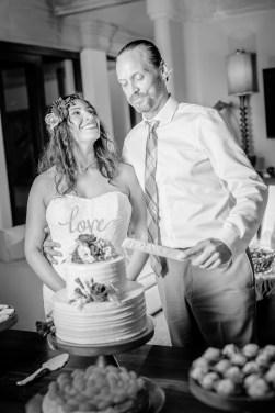 weddings-costa-rica-cake-ceremony
