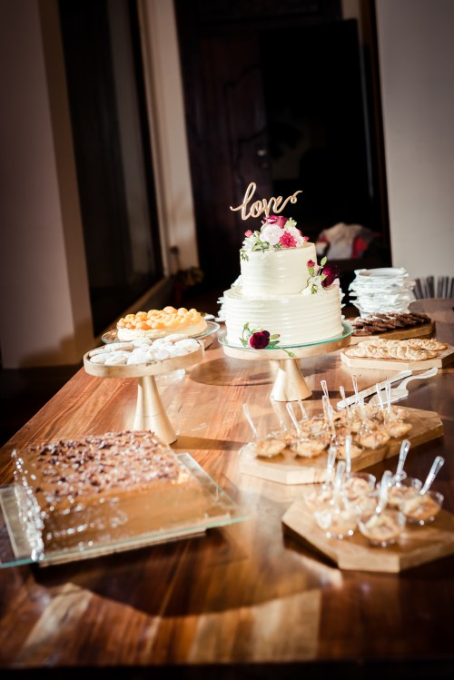 weddings-costa-rica-dessert-table