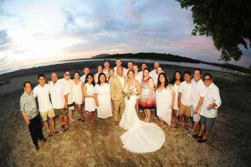 weddings-costa-rica-family-photo