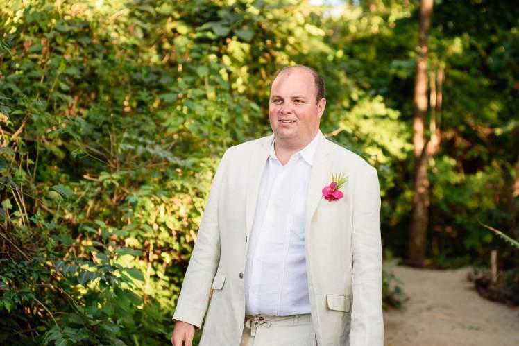 groom beach wedding costa rica