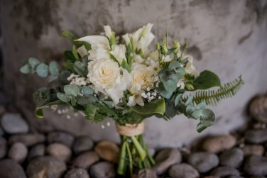 bride-bouquet-eucalyptus