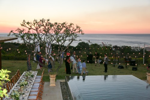 costa-rica-wedding-sunset-cocktail-hour
