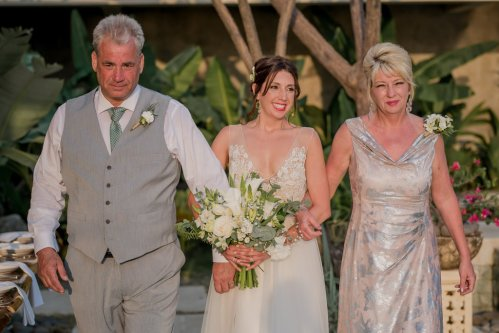 maxwell-weddings-costa-rica-bridal-walk