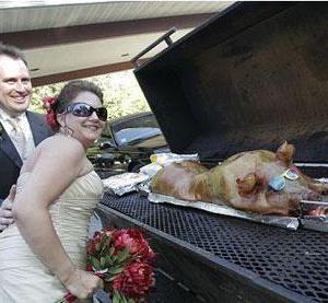 Divine-Swine-Catering
