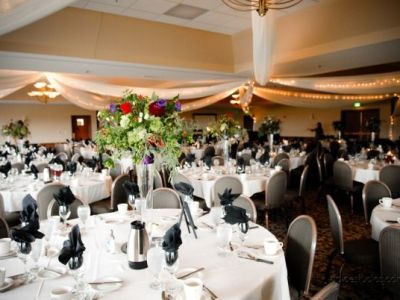 Wedding ballroom at Lakeville Weddings