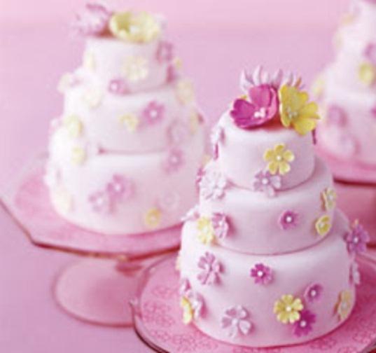 Mini Wedding Cake Ideas Weddings Romantique