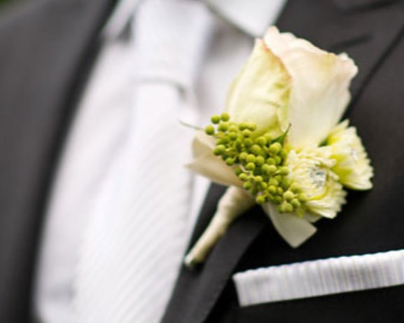 Wedding White flowers Boutonniere Idea