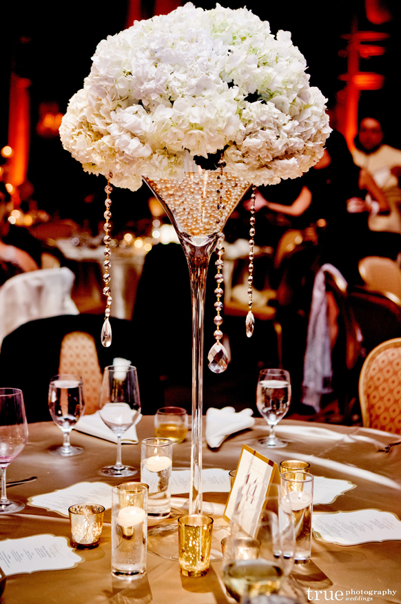 Stylish Wedding Centerpiece In Martini Gl Filed With Pearls