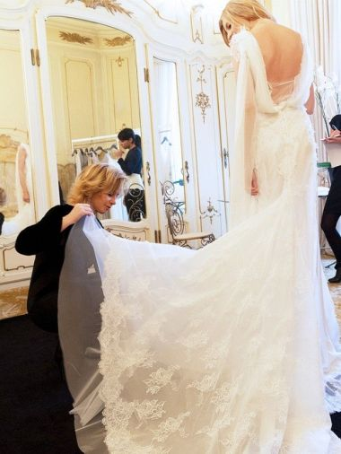 17 Things every bride needs to know before wedding dress shopping