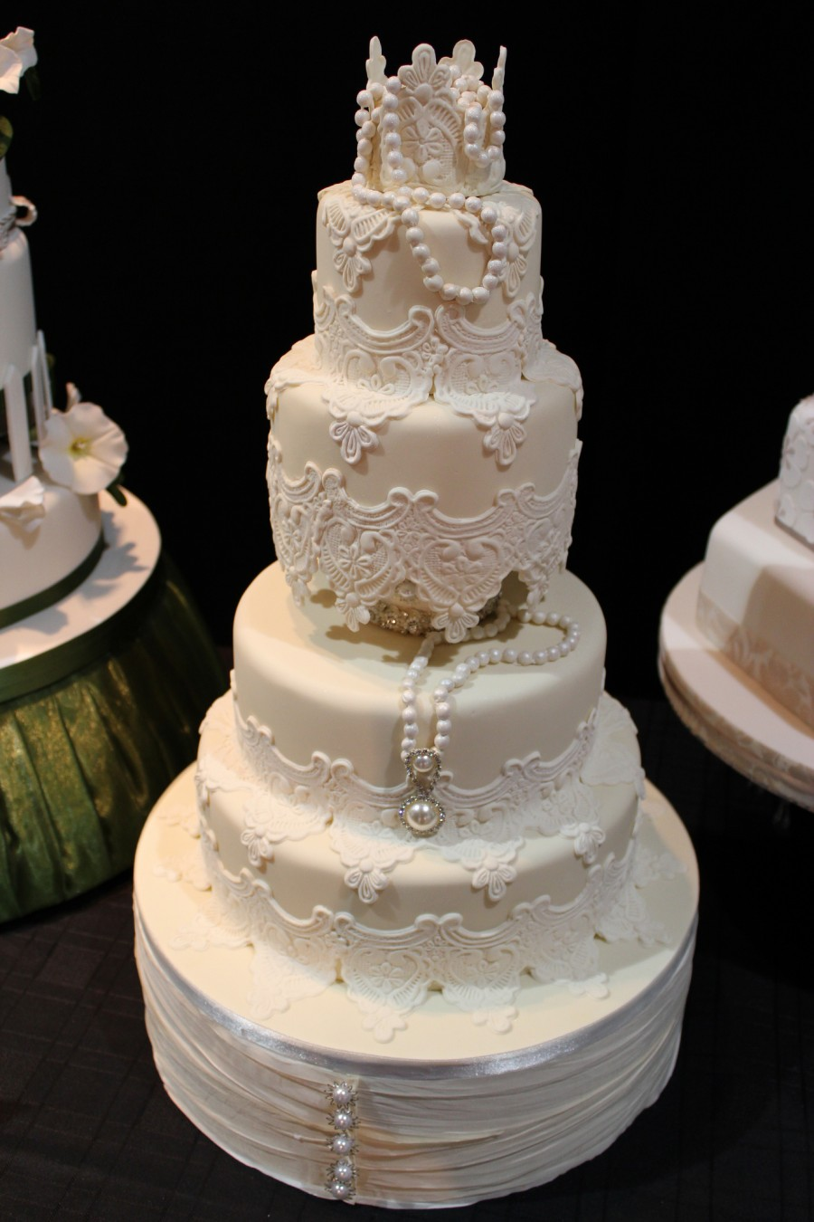 Top Wedding Cake - Lace Wedding Cake
