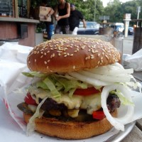 """Rebel Room Burger"": Frisches im Wedding"