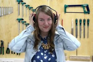 Eine Nutzerin der High Tech-Werkstatt. Foto: Happylab