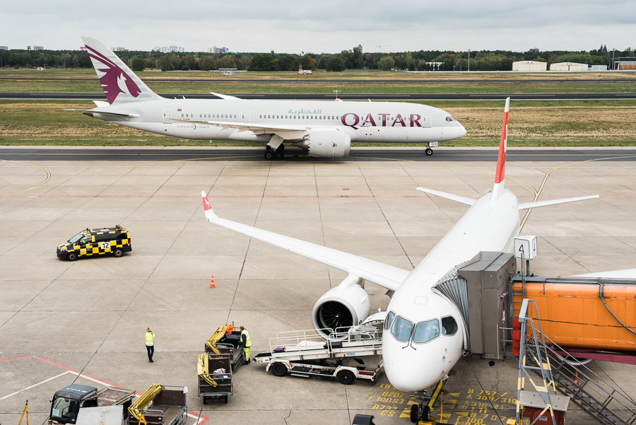 Boeing von Qatar Airways auf dem Weg zum Start