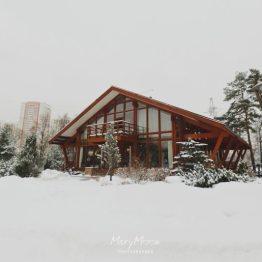 Домашний зимний уют: свадьба Евгении и Кирилла
