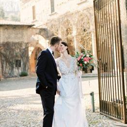 Стилизованная свадьба на итальянской вилле XIII века